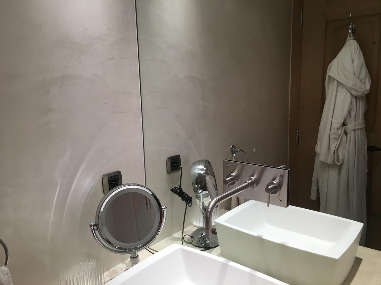 Chalet ngoni verbier bathroom