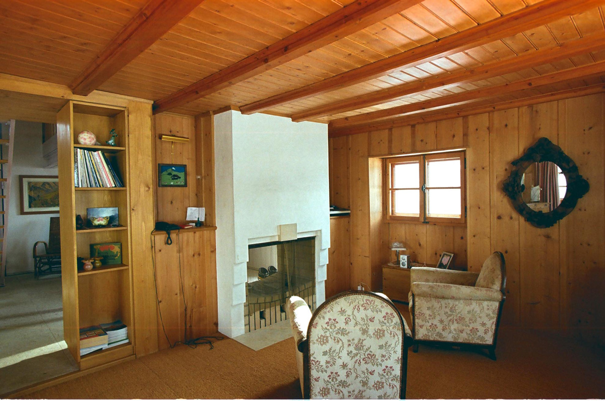 verbier-chalet-polli-livingroom-interior.jpg