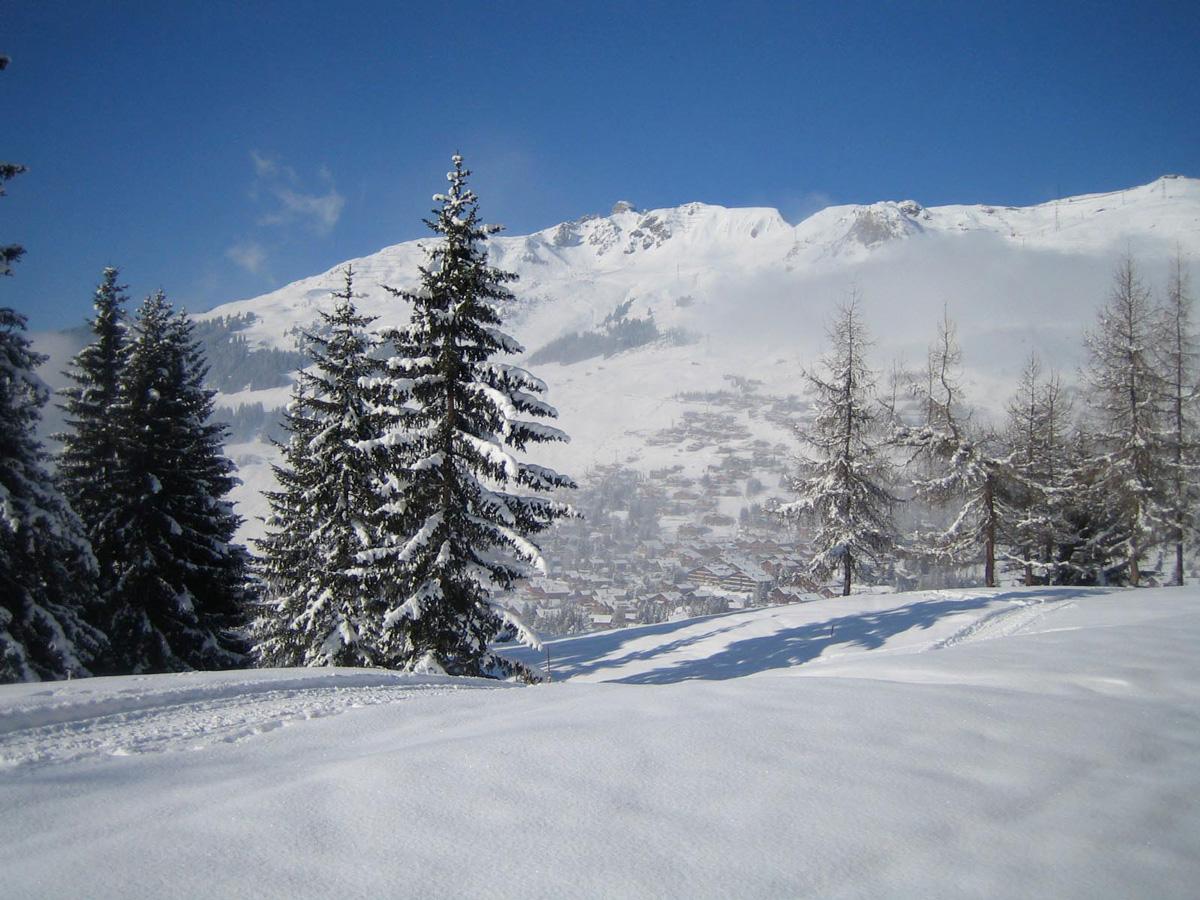 Viw winter snowfall of chalet polli verbier